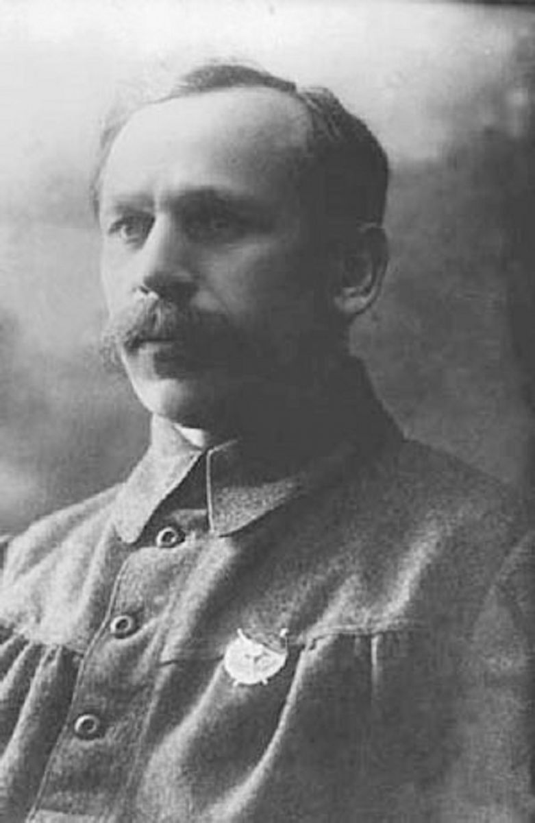 Васілій Корнєв — рязансько-харківський губернський військовий комісар