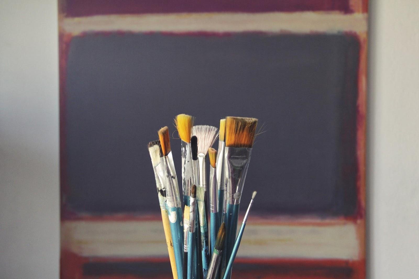brush-1683134_1920.jpg