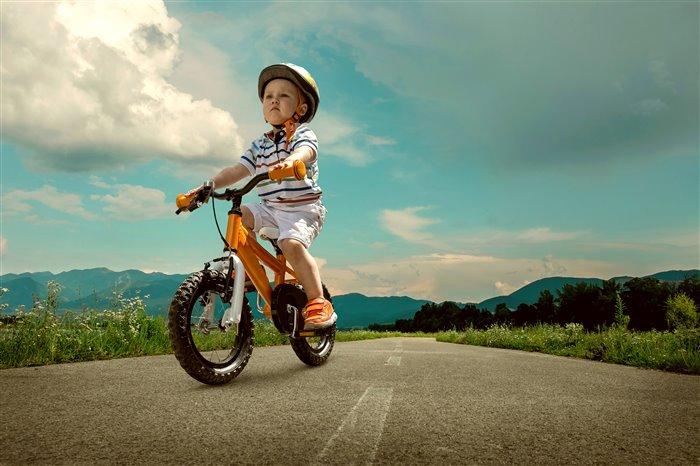 Тонкости выбора детского велобайка