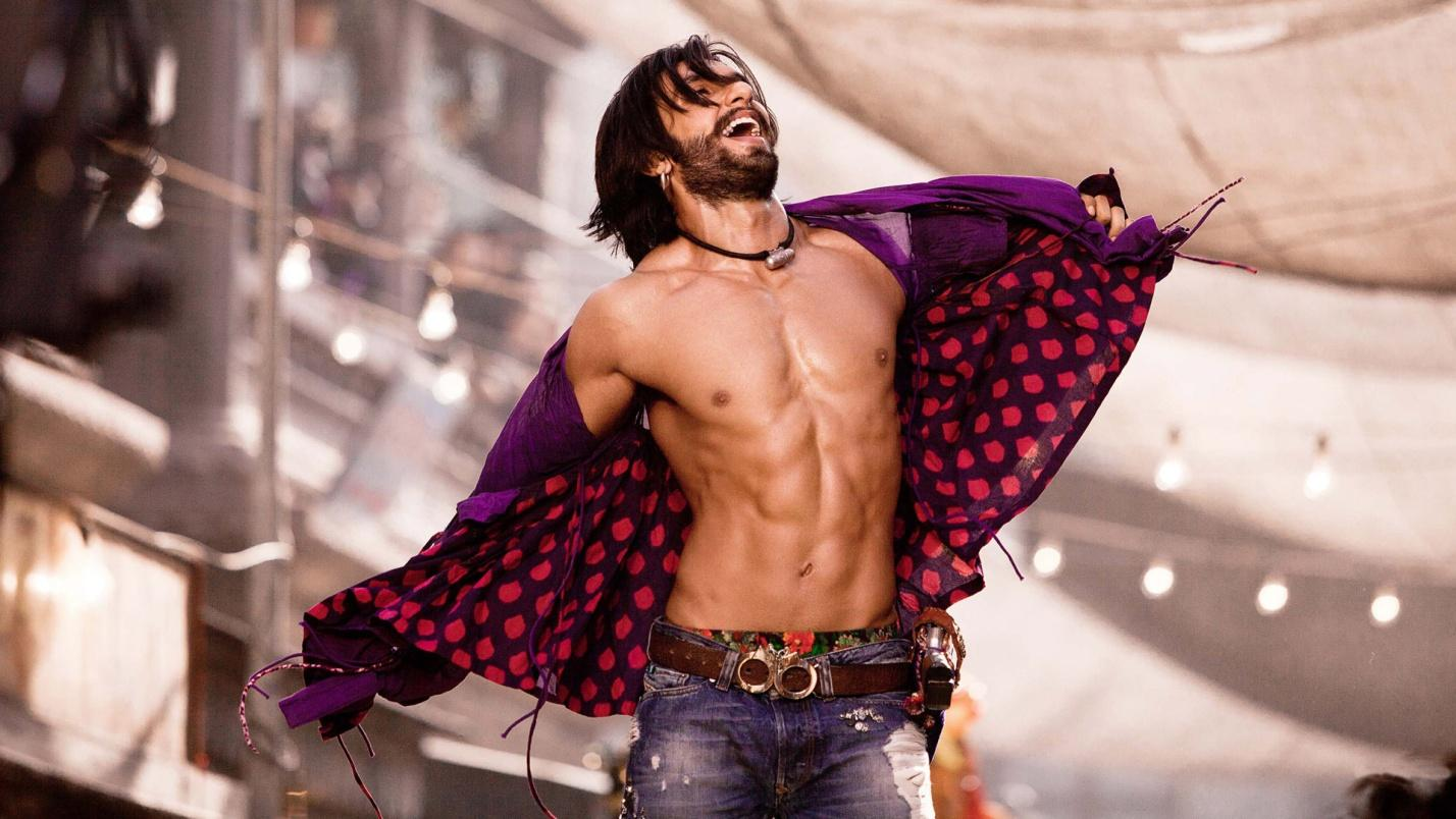 C:\Users\user\Desktop\Reacho\pics\shirtless-photos-of-ranveer-singh-from-ramleela-movie-6765.jpeg
