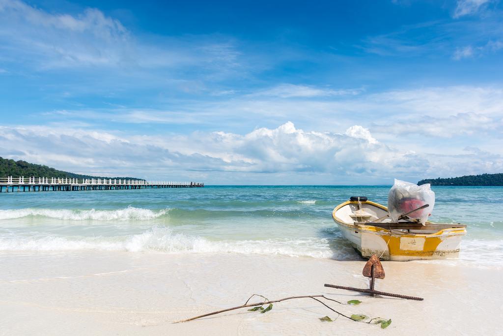 Bạn có biết Koh Rong Samloem - Thiên đường biển đẹp xinh của Campuchia? - ảnh 7