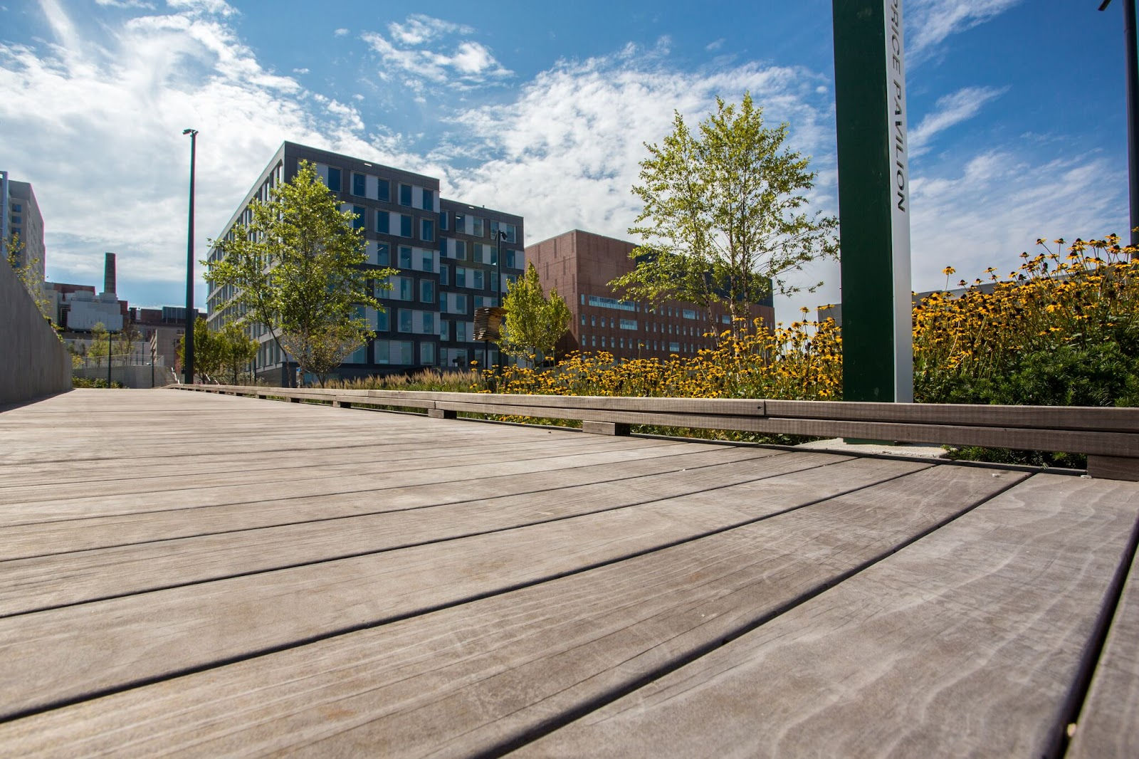 Vedlikeholdsfrie terrassebord egner seg ypperlig til brygger og gangveier