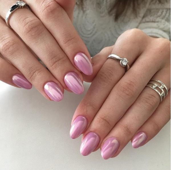 Дизайн ногтей с жемчужной пылью