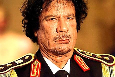 Cuộc sống trụy lạc của ông Gaddafi qua lời kể của cựu nô lệ tình dục - ảnh 1