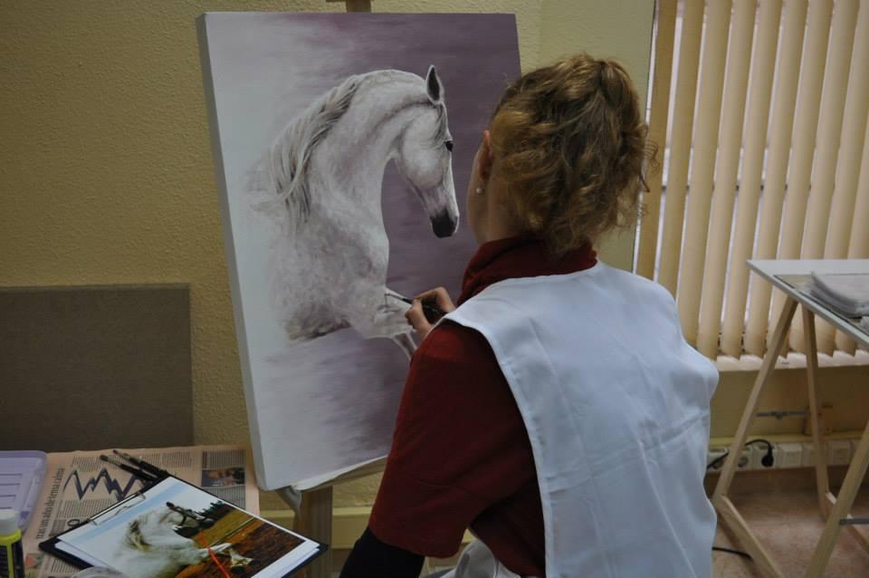 pintando en la academia