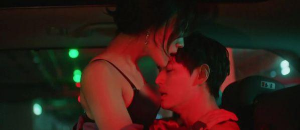 5 kiểu ngoại tình sôi máu trong phim Hàn, tức nhất là màn cà khịa bà cả của bản sao Song Hye Kyo ở Thế Giới Hôn Nhân - Ảnh 14.