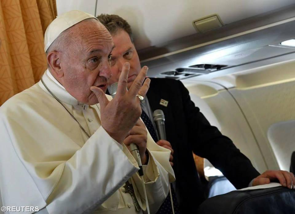 Toàn văn họp báo trên máy bay của Đức Thánh Cha từ Ai-cập