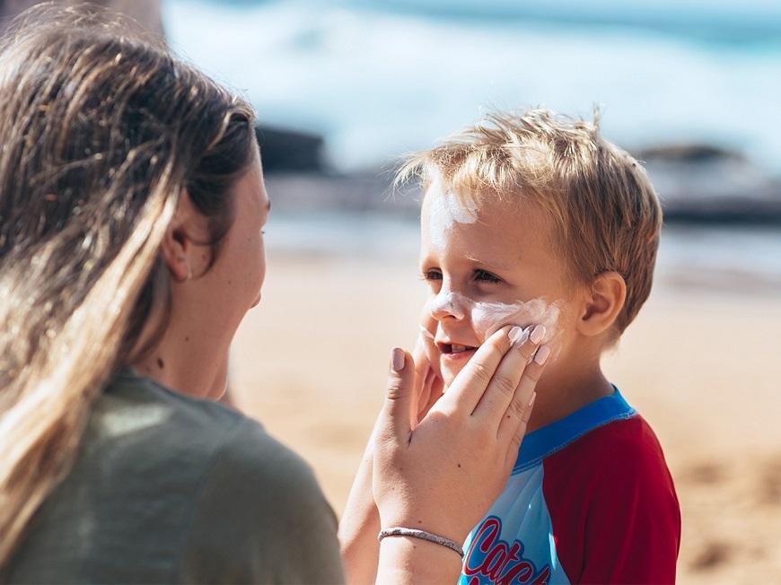 Đừng quên bảo vệ da khi tiếp xúc với ánh nắng