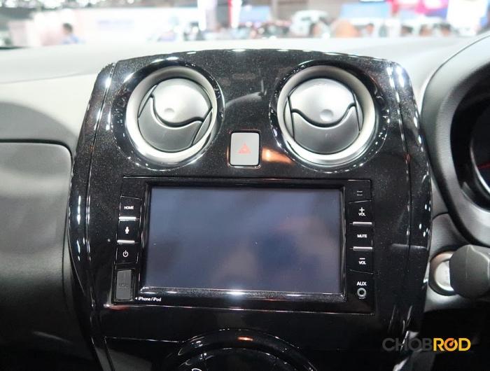 ภายในให้จอสัมผัสที่รองรับ Apple car play และ Android auto แบบรุ่นท็อป