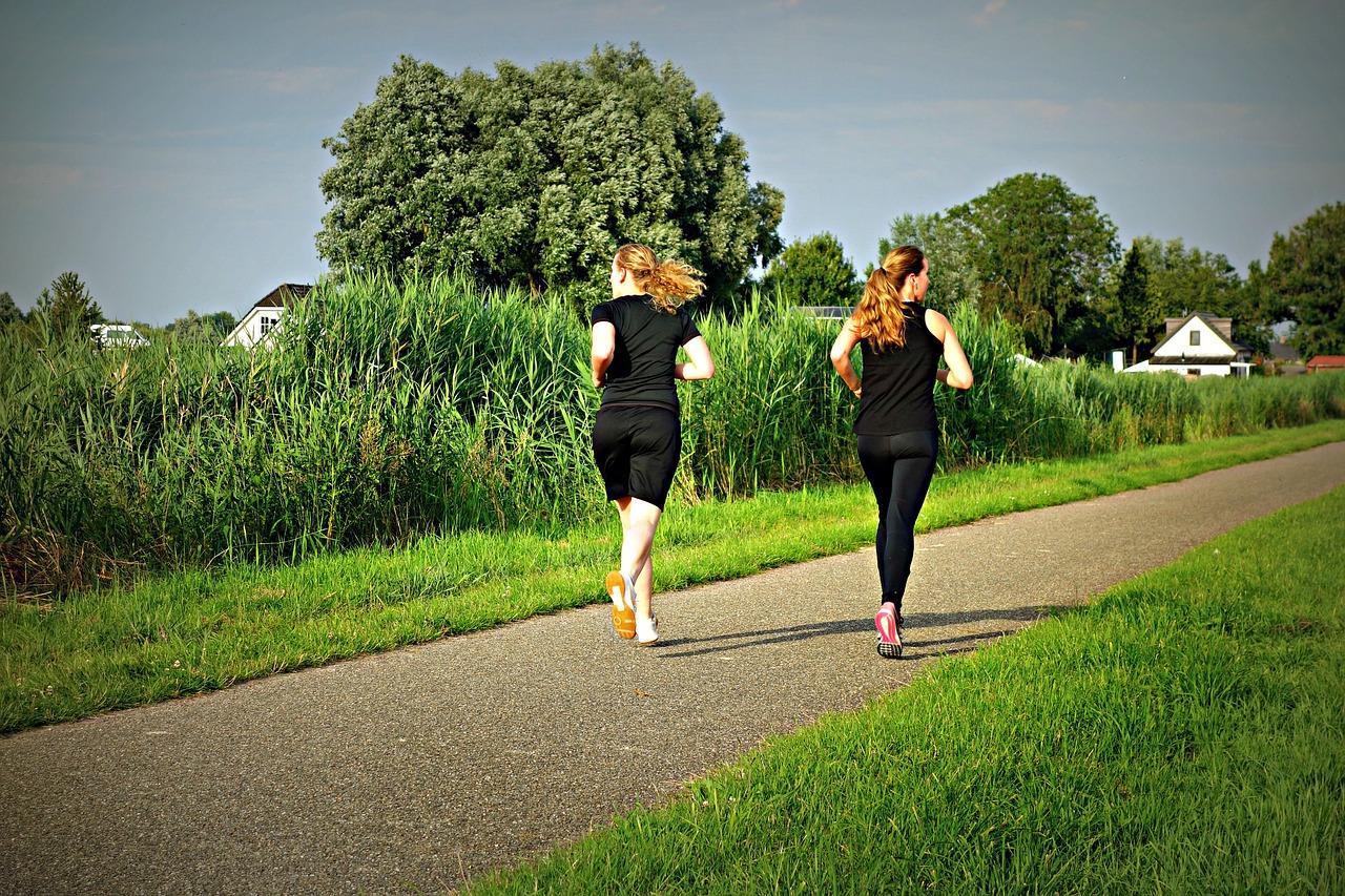 Women running to lose weight