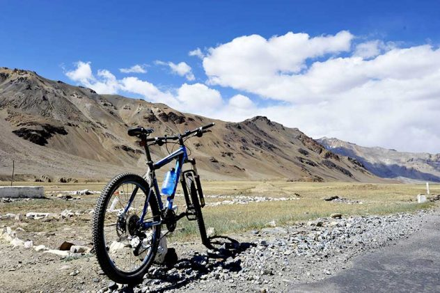Manali for Solo Traveler Cycling Things to Do