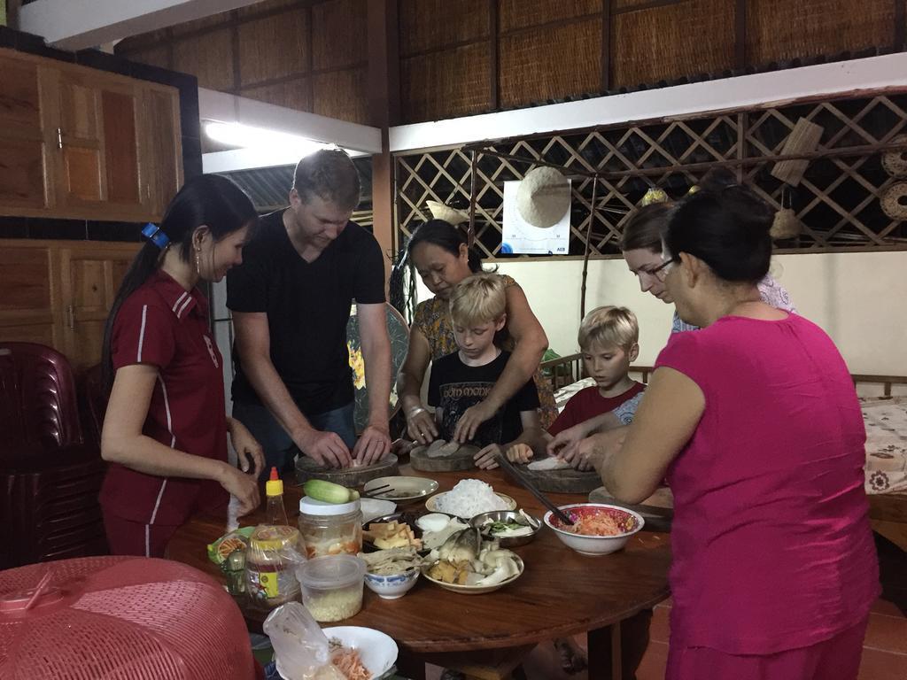 phòng bếp Gite Nam Hien Mekong homestay