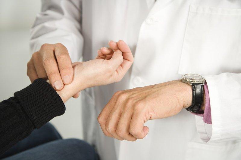 Có thể đo nhịp tim thông qua xác định nhịp mạch