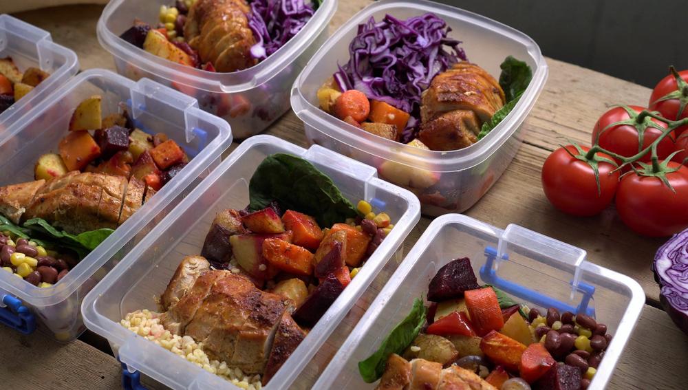 Usaha katering makanan sehat bisa menjadi jawaban yang solustif untuk situasi saat ini!