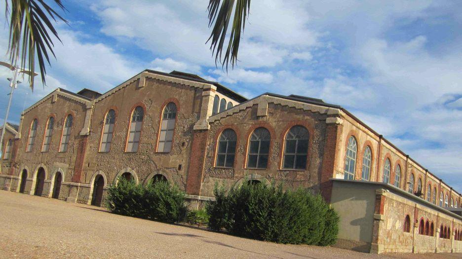 http://www.valenciaplaza.com/bd/imagenes/imagen132450g.jpg
