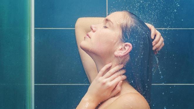 Cần điều chỉnh nhiệt độ phù hợp khi tắm