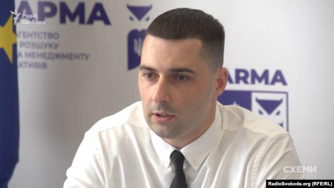 Голова тендерного комітету АРМА Андрій Потьомкін закликав учасників конкурсу відповідати на запитання «відверто»