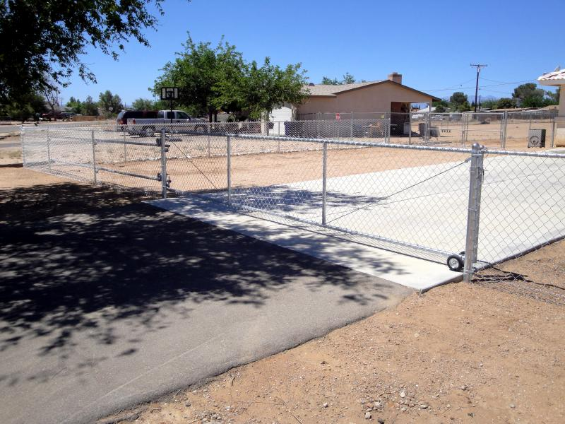 customized chain link gate