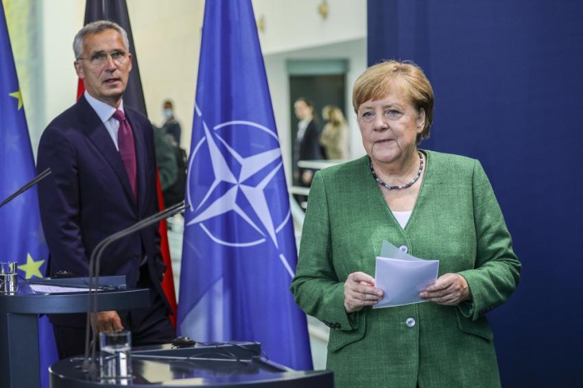 Η «έντιμη διαμεσολαβήτρια» Μέρκελ, ο Στόλτενμπεργκ και η αλλαγή στάσης στο ΝΑΤΟ - ArmyNow.Gr