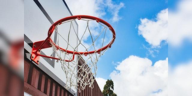 A FedEx driver surprised a young boy in New Trenton, Indiana, with a brand new basketball hoop earlier this month. (iStock)