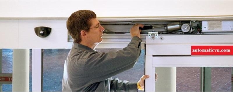 dịch vụ sửa chữa cửa kính tự động và cung cấp phụ kiện cửa