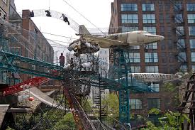suspended pathways and structures on the exterior of the City Museum