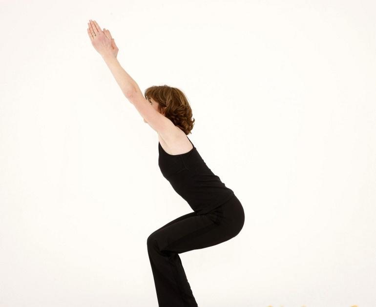 giam mo bung bang yoga - 3