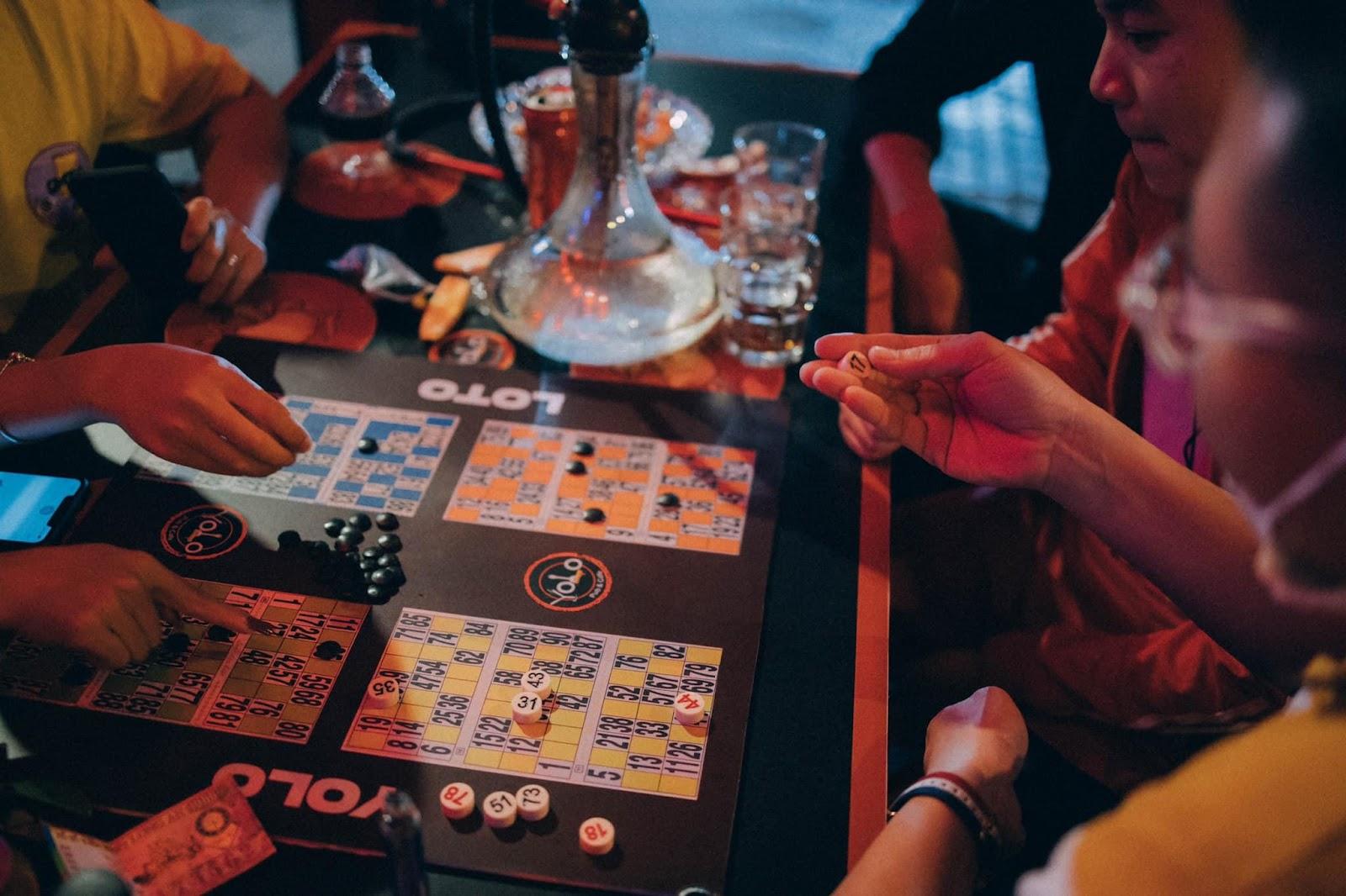 YOLO Pub & Cafe