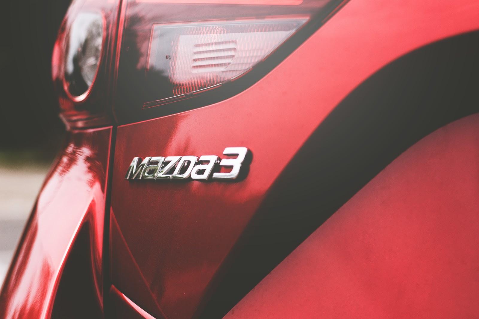 red Mazda3 2020