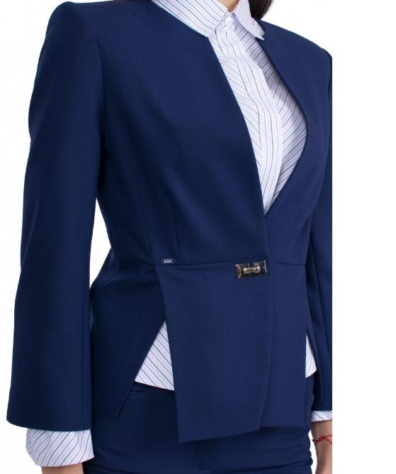 çıtçıt  akseuarı bayan ceket