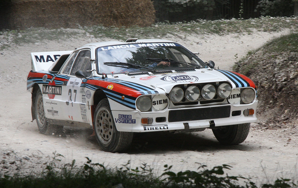 1200px-LanciaRally037.jpg