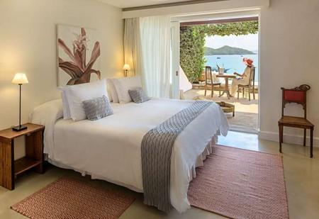 Os mais lindos hoteis beira-mar no Brasil. Foto de um quarto em Casas Brancas Boutique Hotel & Spa, Búzios, Brasil