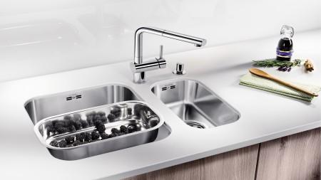 small undermount sink