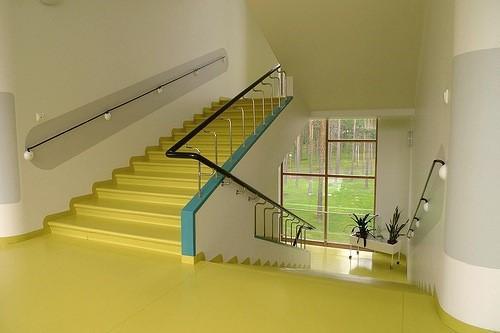 Escalera de circulación del sanatorio de Paimio
