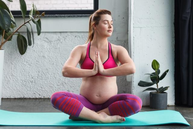 マタニティヨガ 瞑想