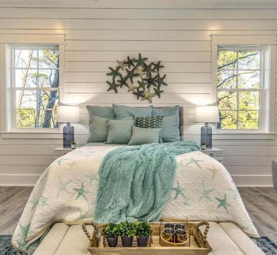 Coastal Themed for Teal Bedroom