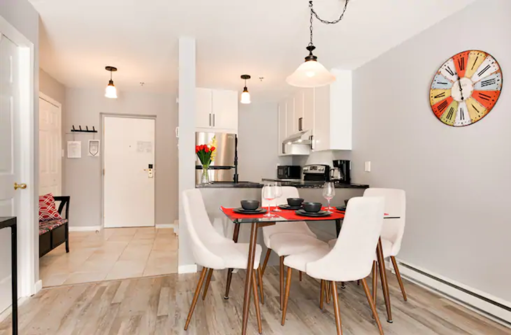 Cottages for rent with 1 bedroom in Quebec #14