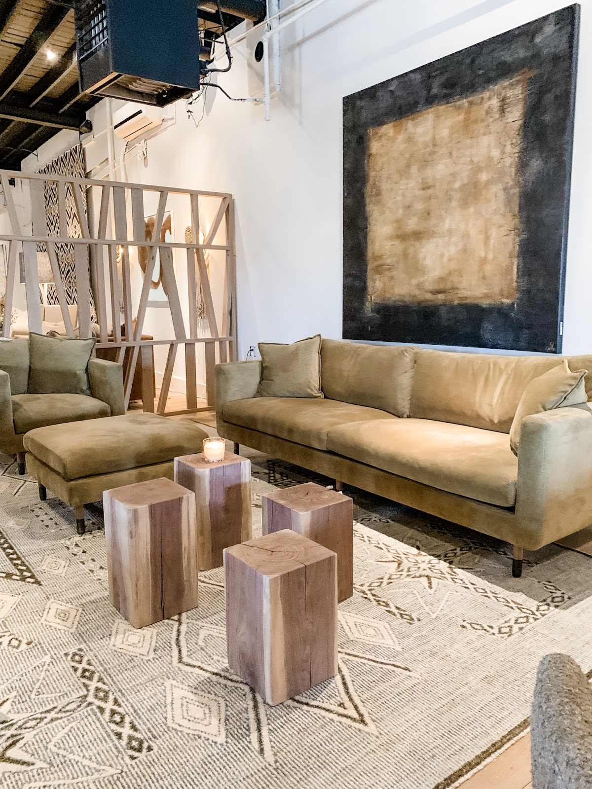 Tara Fust Design northern Atlanta, timeless, effortless home decor and furniture trends: sofa