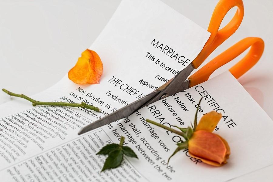 Navigating divorce.jpg