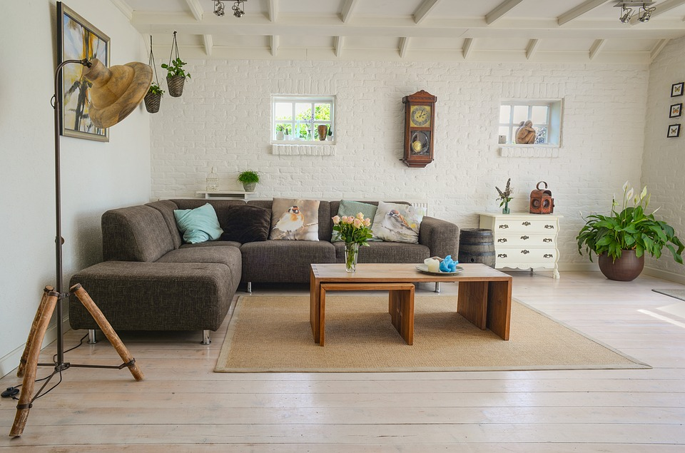 5 Creative Tips to Spruce Up Your Home Decor