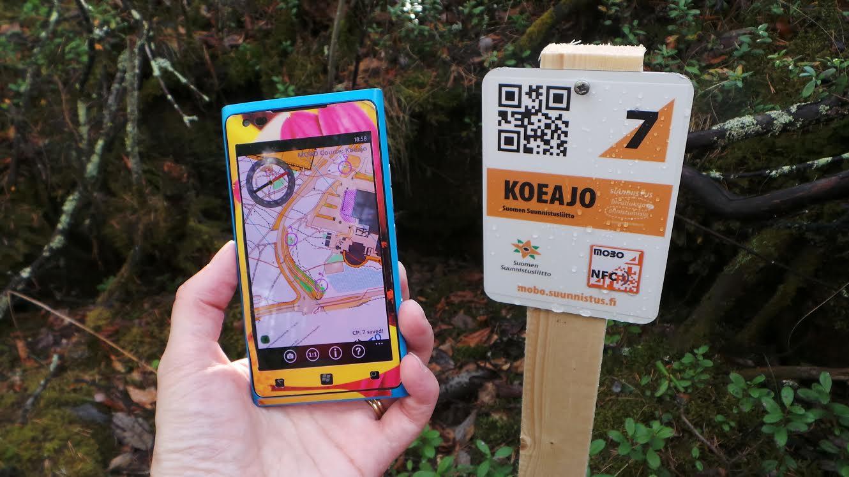 Mobo kartta ja kompassi.jpg