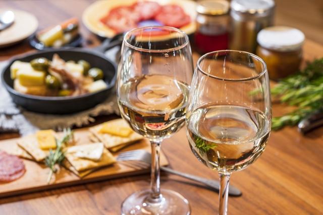 簡単調理!ワインに合うお洒落な料理おすすめ4選
