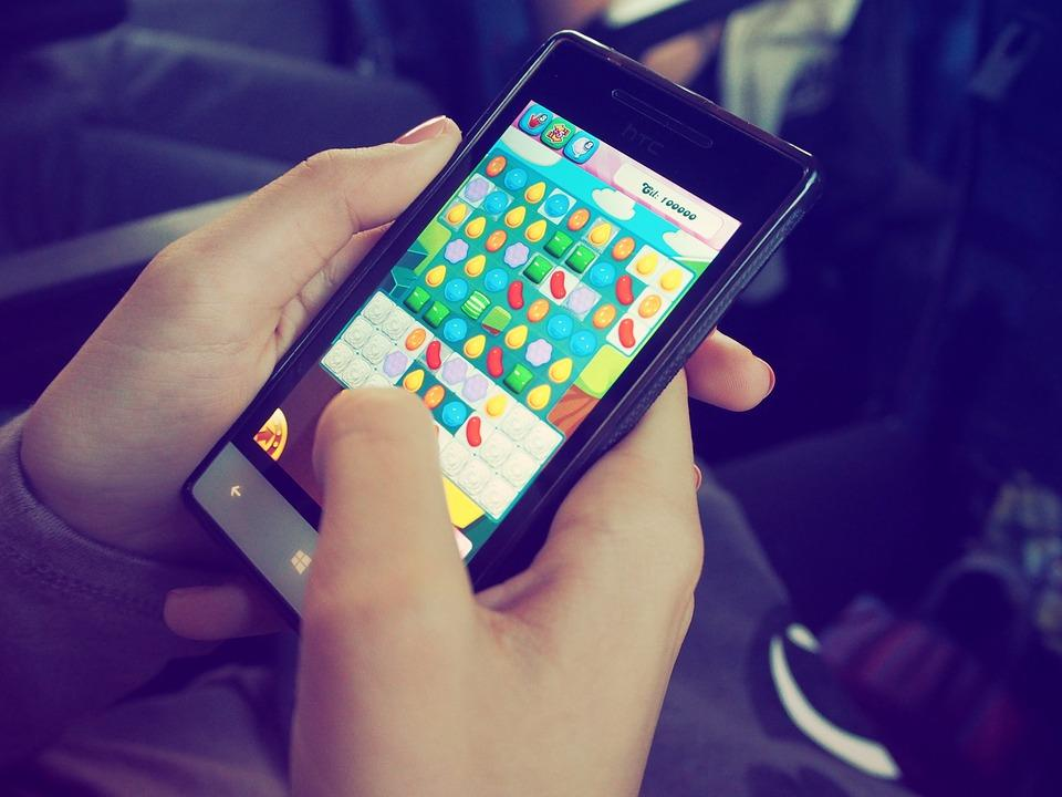 Candy Crush, Device, Electronics, Game, Hands
