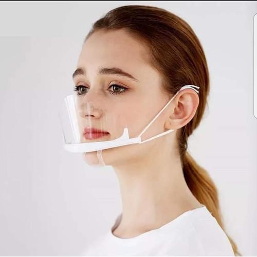 Khẩu trang nhựa không làm mất đi tính thẩm mỹ cho khuôn mặt