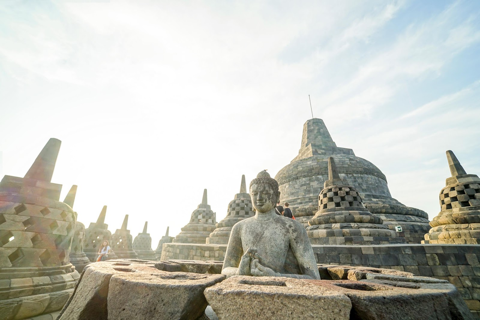 /Volumes/MAYANGWORK/KEMENPARKRAF/DIY/DIY/CANDI BOROBUDUR/APPS/VIRTUAL TOUR/ALL FOTO/Borobudur-000139.jpg