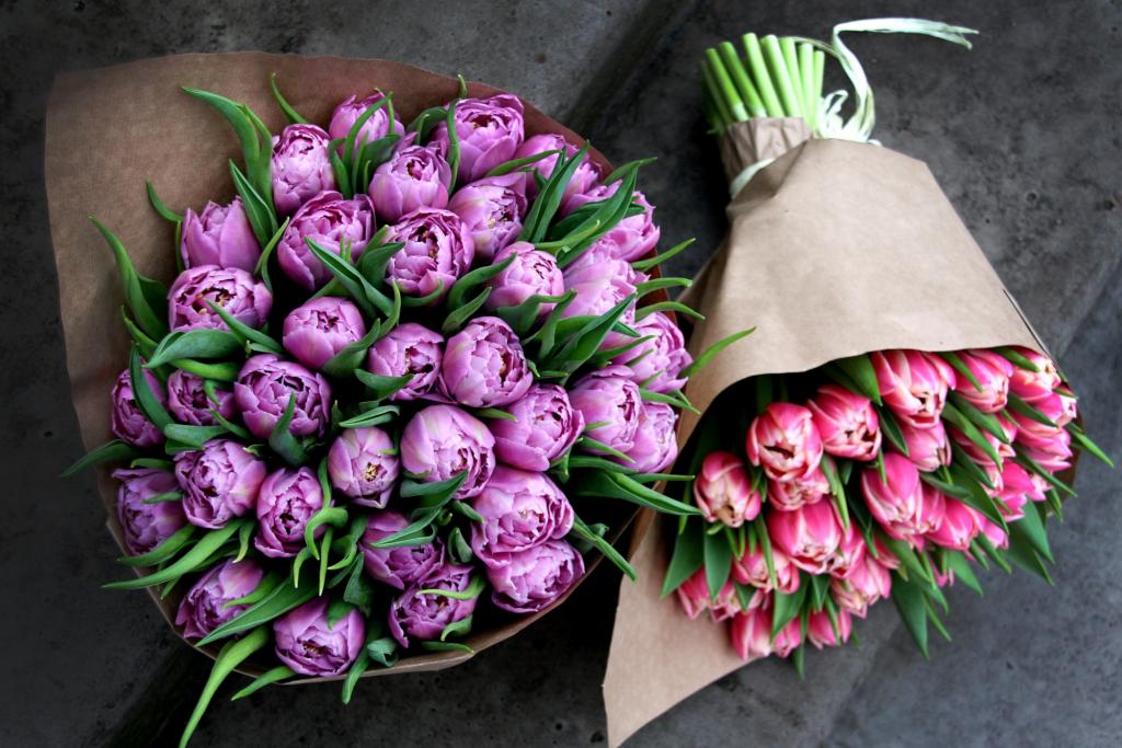 Букеты цветов в упаковке