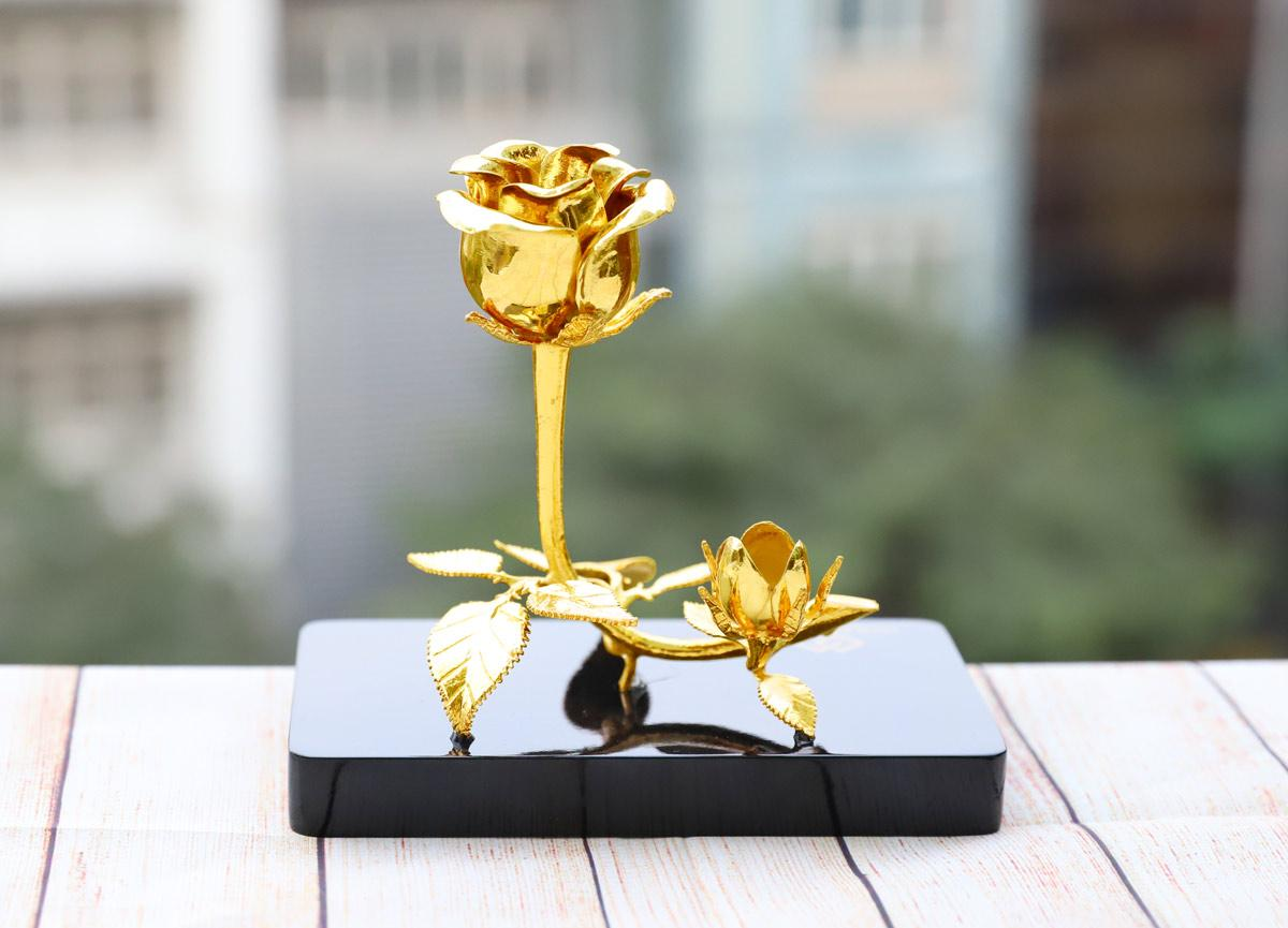 Lấp lánh bộ quà tặng ngày 20/10 lấy cảm hứng từ hoa của Royal Gift - Ảnh 3
