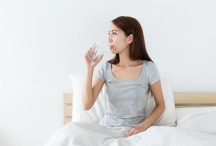 การดื่มน้ำบ่อยๆ