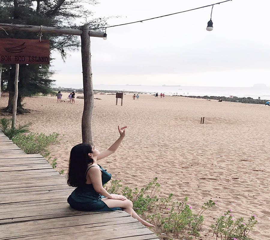 bãi biển Nghi Sơn