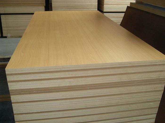 Gỗ cao su thành ghép luôn được Nguyên gỗ chế tác một cách tỉ mỉ